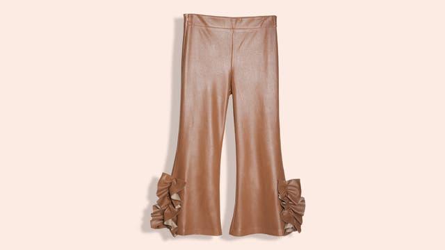 Pantalón con apliques de moños (Jazmín Chebar).