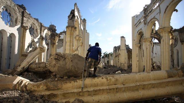 El Gobierno ofrece refugio por dos años a los haitianos