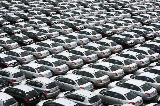 Estimulado por promociones y descuentos, la venta de autos 0 km creció en agosto.