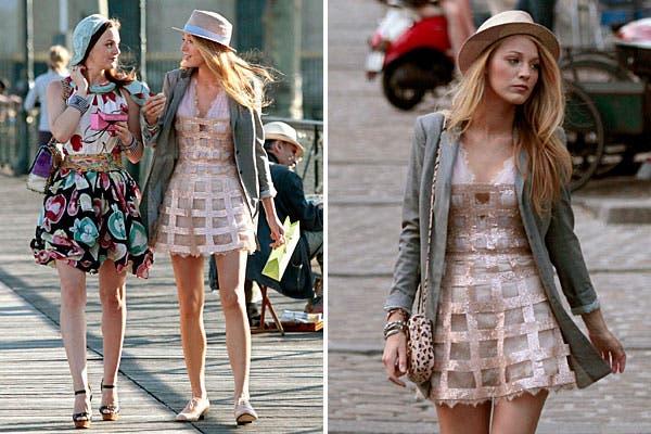 Ella y Leighton Meester caminando por las calles neoyorquinas, con el estilo que marcó la tercer temporada. ¡Puro glamour!.