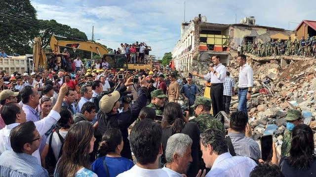 Pe?a Nieto visitó ayer Juchitán, la ciudad más castigada por el sismo
