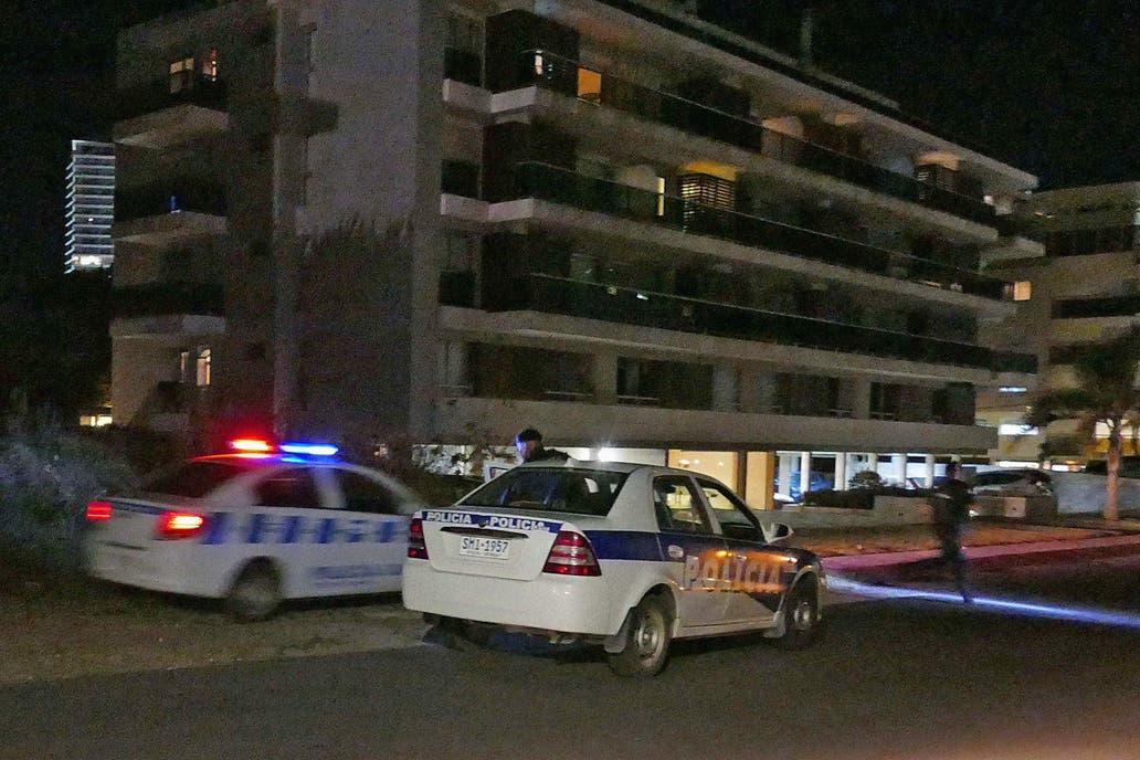 Al menos diez delincuentes robaron la joyería del hotel Enjoy Conrad