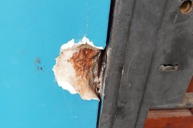 El daño provocado por una barreta para ingresar al domicilio