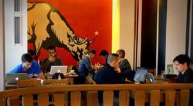 Saint Oberholz, el café de Berlín donde se juntan una vez por mes los emprendedores tecnológicos