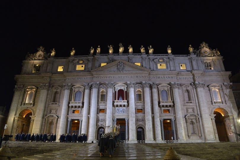 Fue elegido en una votación en la que participaron 115 cardenales electores congregados desde ayer en la Capilla Sixtina, eligió llamarse Francisco I. Foto: AFP
