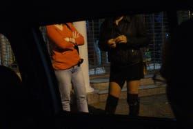 Una pareja fue condenada a prisión por forzar a su hija de 14 años a prostituirse