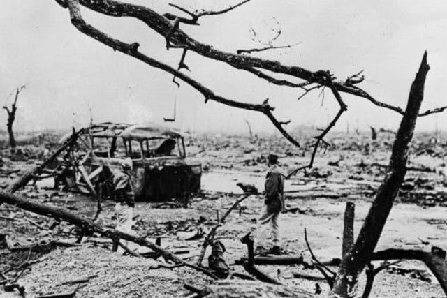 Hiroshima tenía unos 350.000 habitantes en 1945; más del 60% de sus edificion resultaron completamente destruidos.