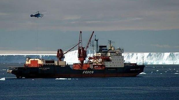El buque ruso Golovnin será el encargado de reabastecer las bases antárticas argentinas