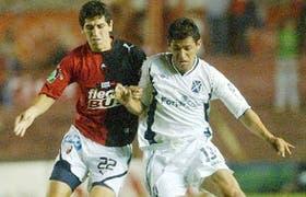 Cristian Zurita y Lorgio Alvarez, mucha entrega, pero poco fútbol en la noche de Avellaneda; Independiente no puede con Colón