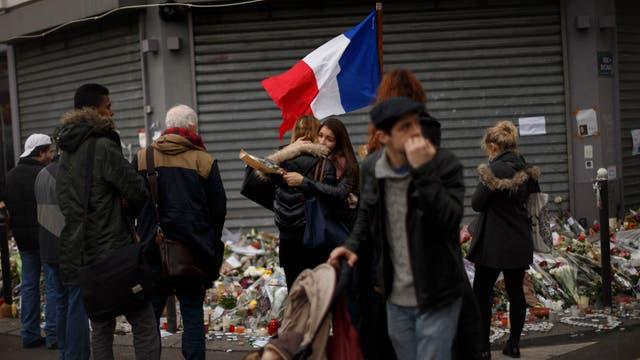 Por los atentados del viernes por la noche murieron 132 personas