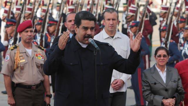 Maduro busca un pacto de convivencia con la oposición tras unas elecciones que podrían ser un golpe duro