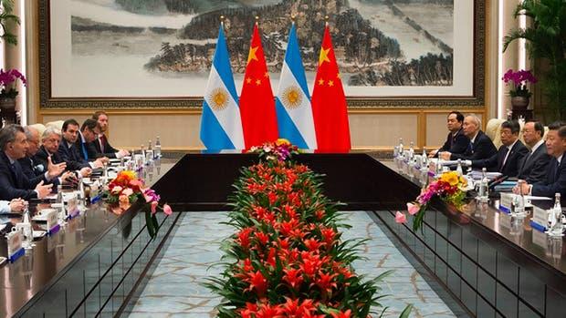 Las dos comitivas, encabezadas por Macri y Xi Jinping, en plenas negociaciones bilaterales