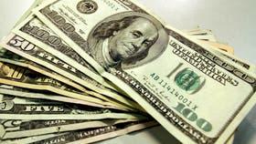 El BCRA sube las tasas en pesos para frenar el dólar, que estaría cerca de su techo