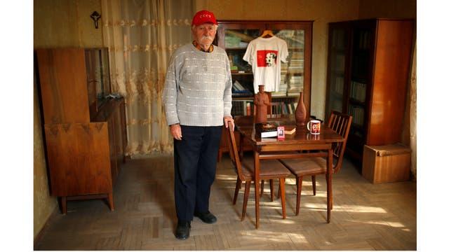 Guram Kardanakhishvili, ingeniero jubilado de 86 años, recuerda que en los tiempos de Stalin todo era más barato y los sueldos más altos