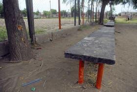 La cancha donde asesinaron a los tres jóvenes