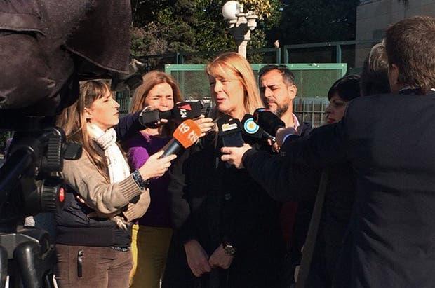 Stolbizer, ayer, con el periodismo luego de ampliar su denuncia