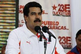 Maduro regresó de Cuba, donde sostuvo que se reunió con Chávez
