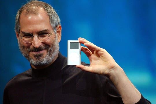 El cofundador de Apple en el lanzamiento de una de las ediciones del iPod, en 2004. Foto: AP