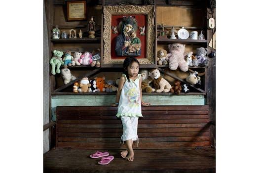 Allenah,  El Nido, Philippines. Foto: Gabriele Galimberti