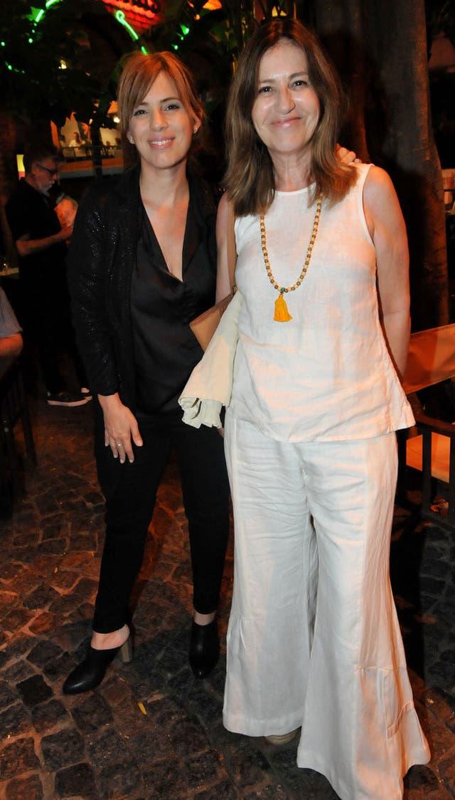 Mercedes Morán junto a su hija Mercedes Scápola en la noche porteña