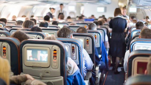 Comportarse a bordo puede resultar una obviedad para la mayoría, pero nunca faltan los pasajeros que no saben cómo hacerlo