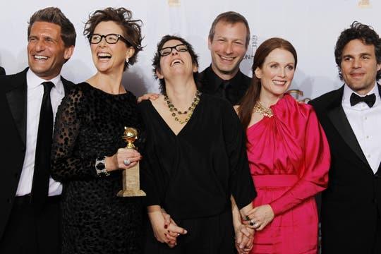 Mi familia, mejor película (comedia). Además, Annette Bening ganó el Globo de Oro a mejor actriz.. Foto: Reuters