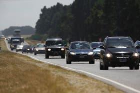 Miles de autos se dirigen esta mañana hacia la costa atlántica bonaerense