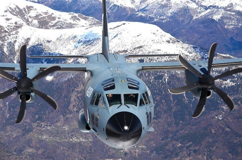 Leonardo presentó su avión C-27J Spartan