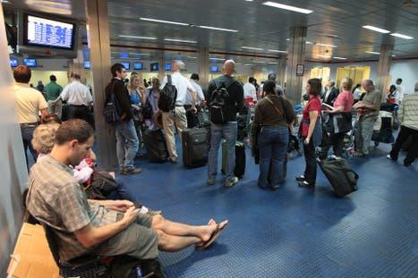 Argentina: La AFIP flexibilizó el control aduanero a viajeros para residentes que viajan al exterior
