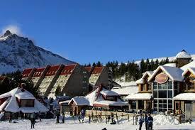 Las Leñas fue el primer centro de esquí del país en abrir este invierno