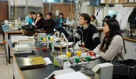 Los estudiantes de ingeniería química tienen un promisorio futuro laboral