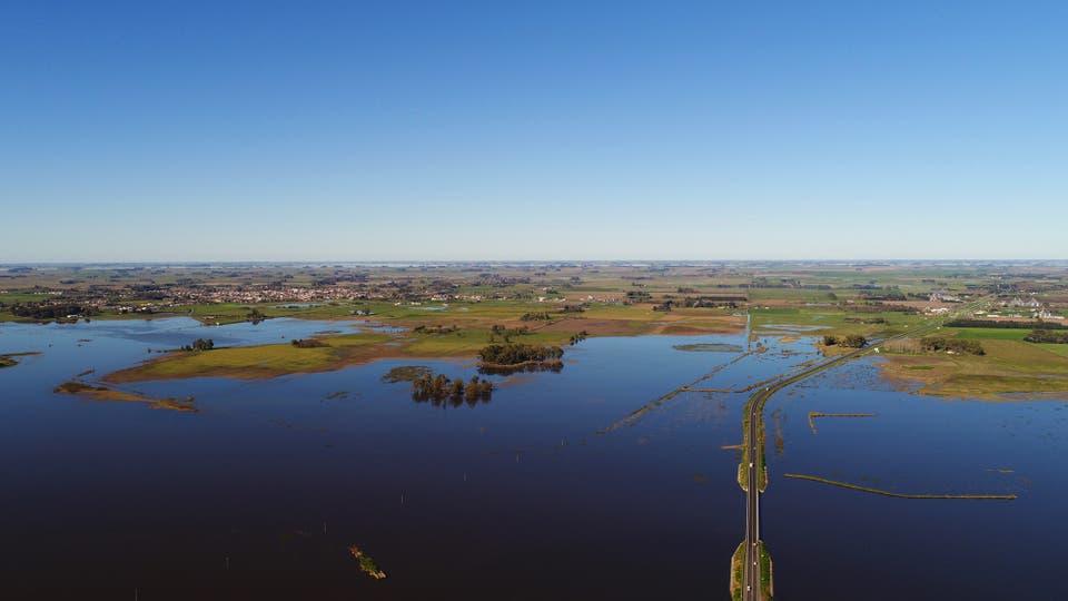 Las inundaciones en Roque Pérez desde un Drone. Foto: Municipalidad de Roque Pérez