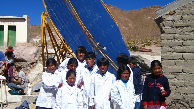 Los paneles solares de EcoAndina dan luz a escuelas