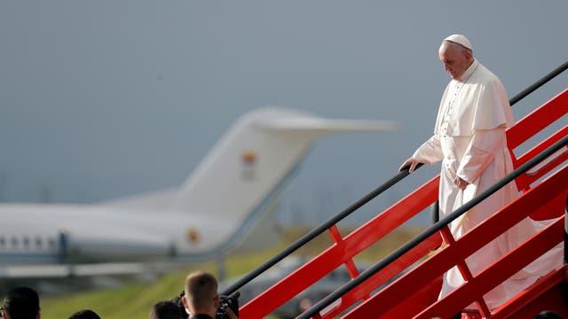 El Papa llegó ayer a Colombia