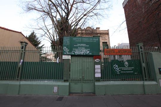 La escuela Virgen del Valle, en Jorge Newbery 2880, a dos cuadras del Ceamse de Colegiales. Foto: LA NACION / Matías Aimar
