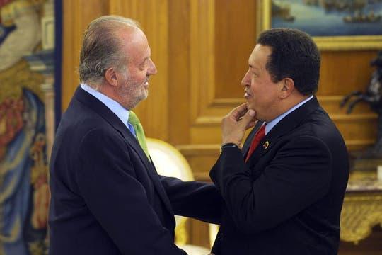 Durante su visita a España en septiembre de 2009 Chavez también se reunió con el rey Juan Carlos. Foto: Archivo