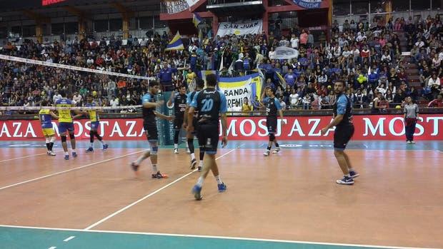 Bolívar y UPCN definirán el título en el quinto partido
