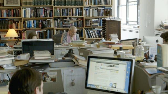 Robert Silvers en la redacción de la NYRB