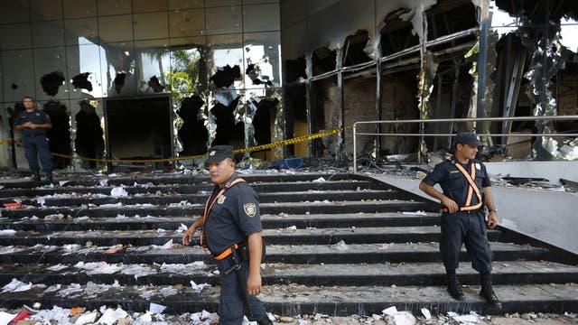 La semana pasada incendiaron parte del Congreso de Paraguay
