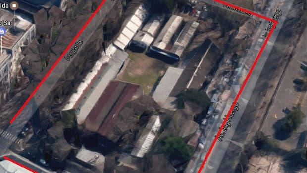 El terreno delimitado por las calles Venezuela, Azopardo, México y Huergo , en el barrio porteño de Monserrat, frente a Puerto Madero, se vendió en US$ 26 millones