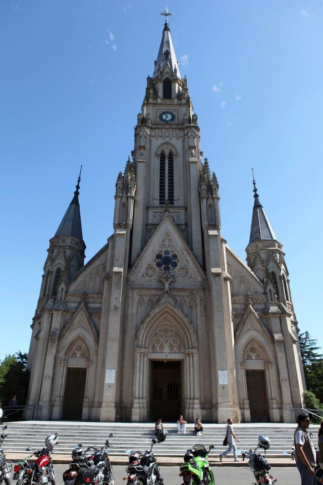 Basílica de Mercedes, provincia de Buenos Aires.