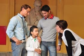 Octavio, hijo de Julio Pasquarelli y Sergio Contrera, cursa segundo grado en el Mariano Acosta