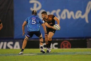 Pieretto en acción en el Súper Rugby; el primera línea es uno de los preseleccionados en los Pumas para el Championship y el Mundial de Japón.