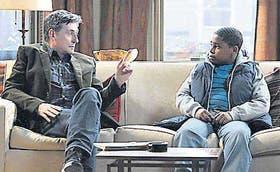 El doctor Weston con Oliver, su paciente más joven