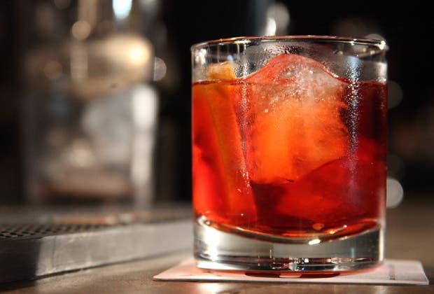 Es uno de los cocktails más populares en los bares argentinos y acá te mostramos, paso a paso, como se hace. Mirá el video y contanos cuál es tu trago favorito