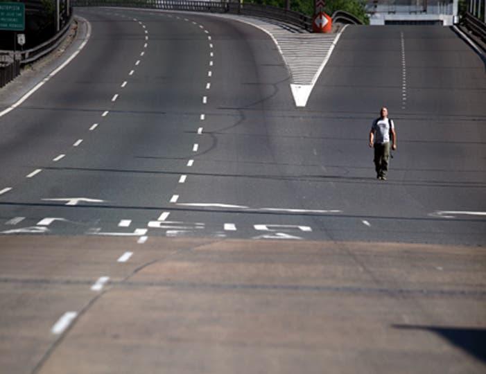 Puente Pueyrredón durante el paro general del 20 de noviembre. Foto: LA NACION / Silvana Colombo