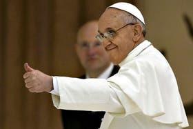 El Papa se mostró afable con los embajadores y diplomáticos acreditados en la Santa Sede.