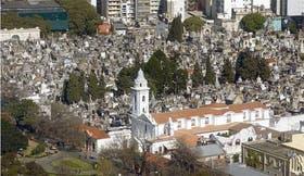 """El cementerio de la Recoleta será escenario de """"Tertulia"""", la intervención artística de Nicolás Varchausky y Eduardo Molinari"""