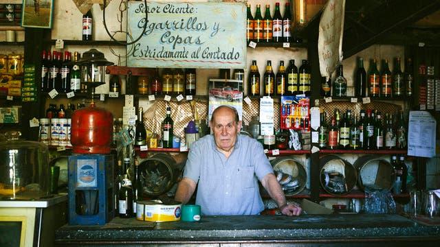 La vida detrás del mostrador, de Néstor Barbitta (Bs. As., 1974)
