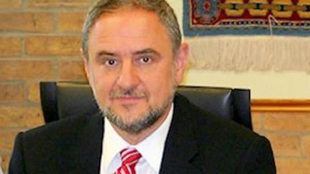 Robert Singer, CEO Congreso Judío Mundial: nacido en Ucrania, en 1956, Singer emigró a Israel, donde fue asesor de distintos gobiernos. Desde mayo de 2013 es el CEO de la entidad, que promueve políticas contra el antisemitismo